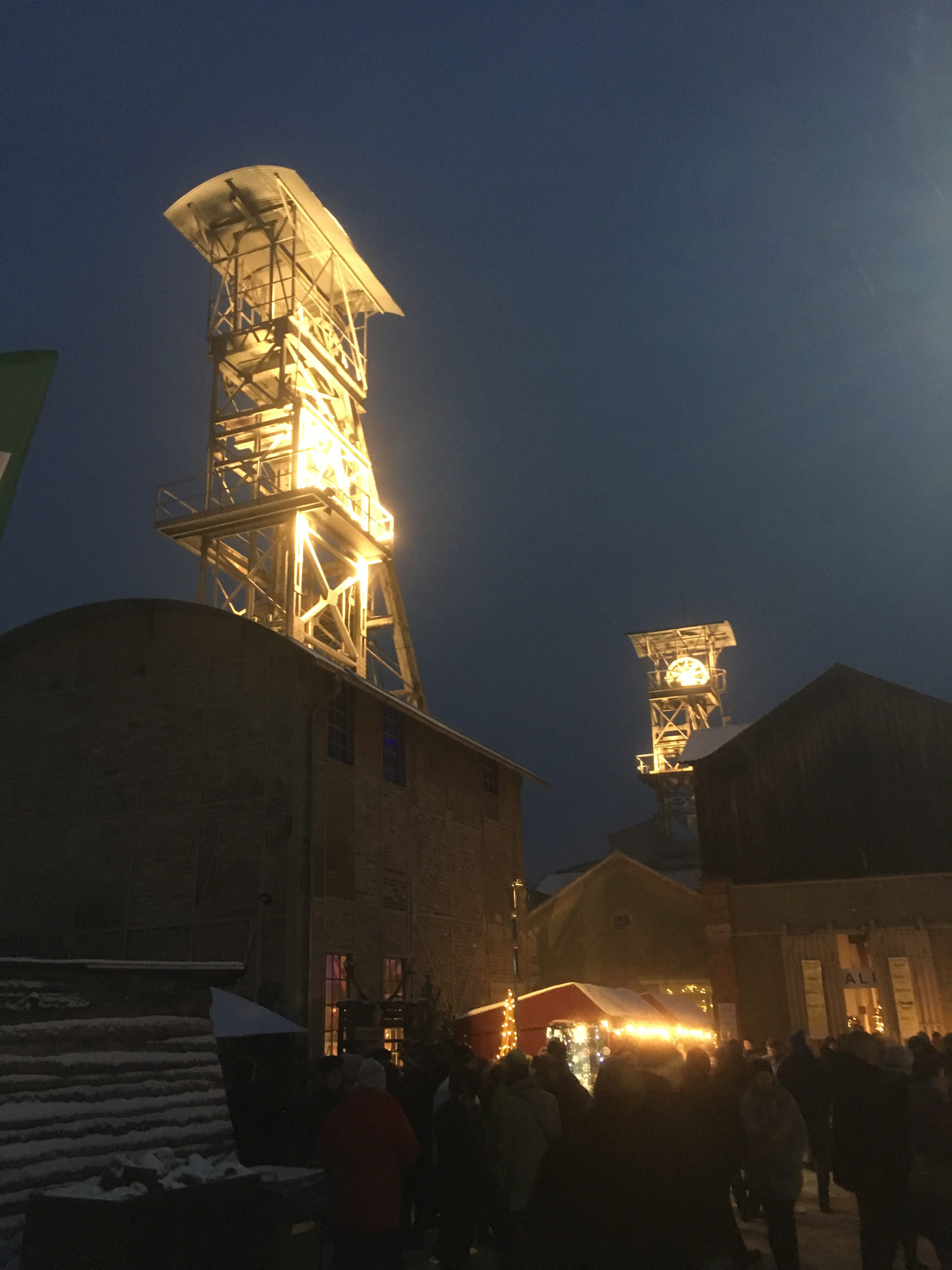 Das Weihnachtsmarkt.Ausflug Nach Auerbach Zum Bergwerk Weihnachtsmarkt Und